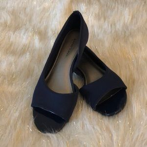 Bandolino navy blue open toe wedge heel